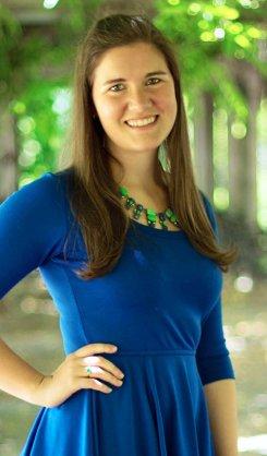 Kaitlyn Davis author photo.jpg