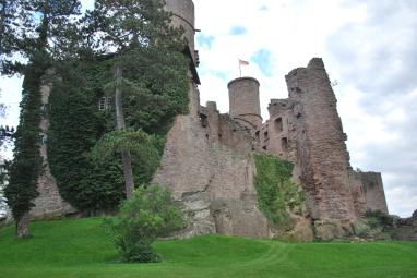 castle-hanstein-image-2