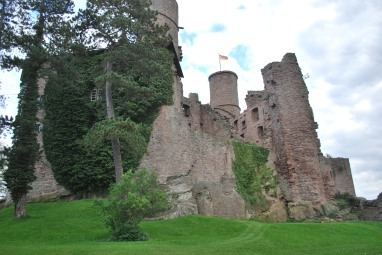 castle-hanstein-image-2
