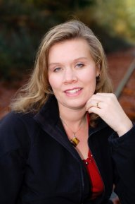 Author Photo Jennifer Shaw Wolf.jpg