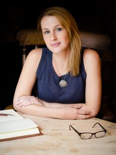 Lucy Cruickshanks Headshot 2.jpg