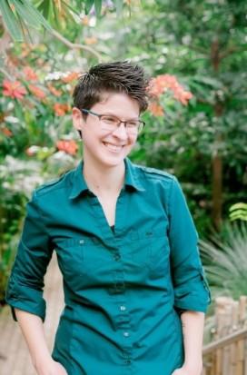 Naomi Hughes author pic