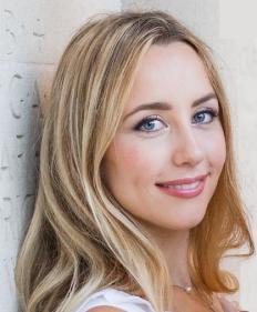 Kaya Quinsey - Headshot 6.jpg